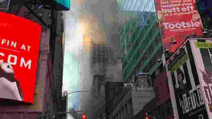 Incêndio deixou três feridos em um prédio na Times Square, em Nova York - Divulgação/Corpo de Bombeiros de Nova York