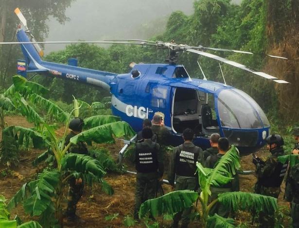 28.jun.2017 - O helicóptero que teria sido usado no ataque contra o Tribunal Supremo da Venezuela