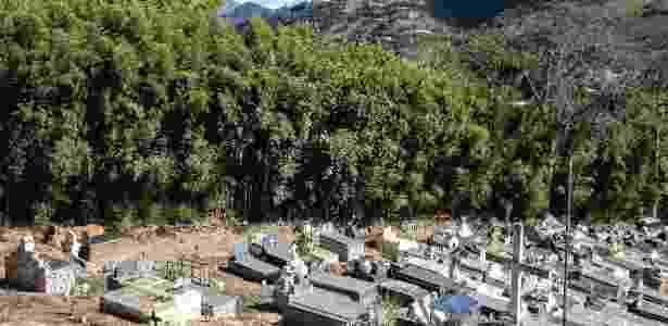 Cemitério onde Ingriane Barbosa Carvalho foi enterrada - Lianne Milton/The New York Times