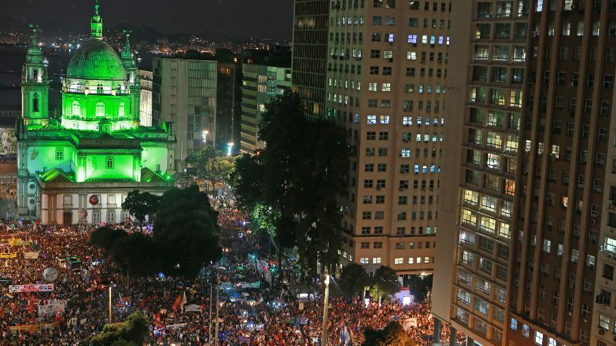 A Candelária, no centro do Rio de Janeiro, palco histórico de manifestações democráticas - Wilton Junior/Estadão Conteúdo