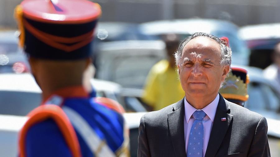 O chanceler chileno, Teodoro Ribera, chega ao Itamaraty para encontro com o chanceler brasileiro - Evaristo Sá/AFP