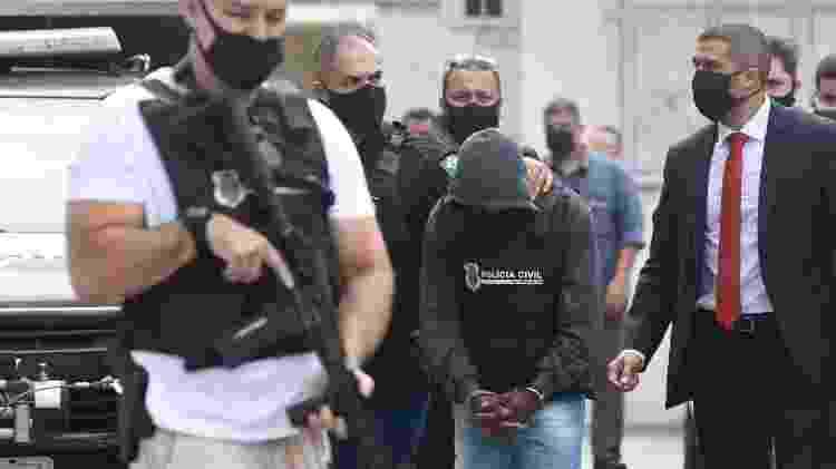 Homem de 33 anos suspeito de estuprar e engravidar sobrinha de 10 anos, no ES, chega a Vitória após ser preso em MG - A Gazeta - A Gazeta