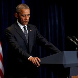 """Obama reiterou que é possível """"honrar a coragem e serviço incrível"""" dos policiais"""