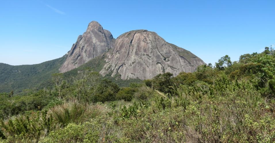 19.abr.2017 - Paisagem no Parque Estadual dos Três Picos, uma das UCs do Mosaico Mata Atlântica Central Fluminense