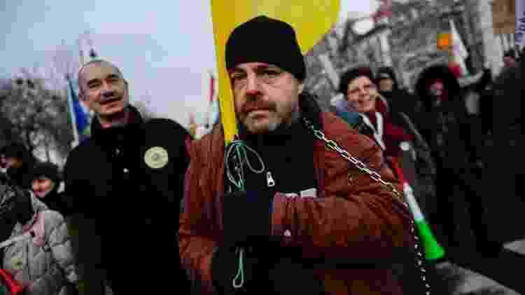 Nova lei é vista por sindicatos dos trabalhadores como uma forma de exploração - Getty Images - Getty Images