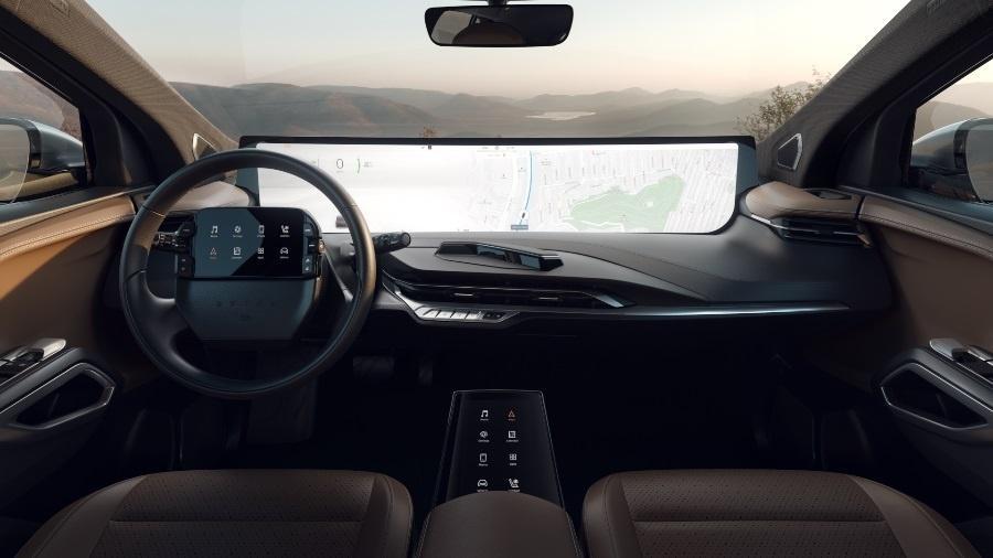 Fabricante chinesa Byton mostrou seu carro com um painel de 48 polegadas - Divulgação