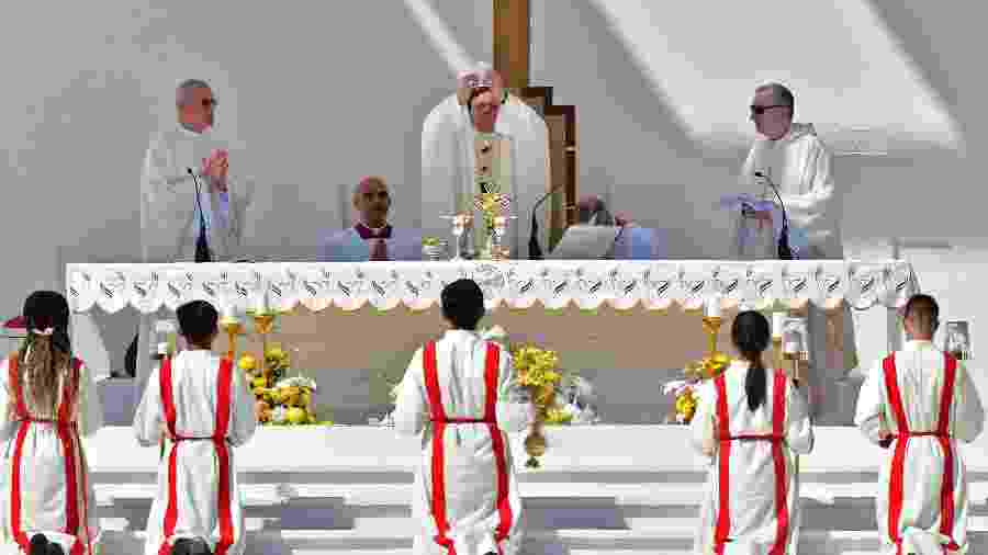 5.fev.2019 - Papa Francisco celebra missa para aproximadamente 170.000 pessoas nos Emirados Árabes Unidos - GIUSEPPE CACACE/AFP