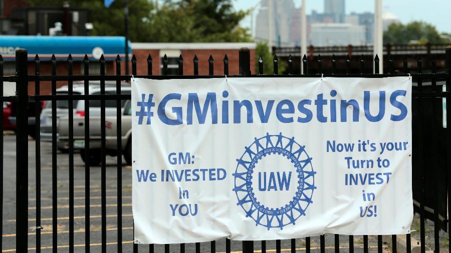 15.set.2019 - Negociadores da General Motors e o sindicato United Auto Workers (UAW) estão programados para reiniciar as negociações hoje - Jeff Kowalsky/AFP