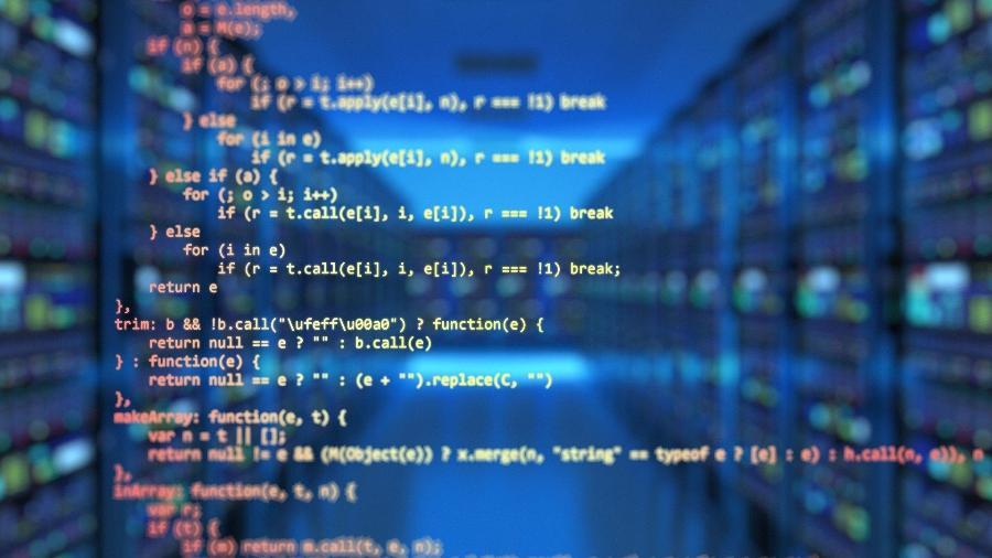 Diante da grande oferta de cursos de programação, iniciantes no mercado precisam saber o que buscar - Elchinator/ Pixabay