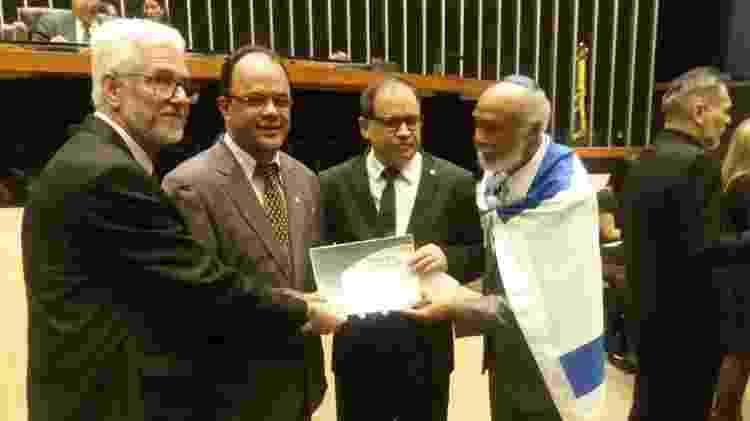 Líder religioso, Amilton Gomes, foi homenageado no Congresso e participou de criação de Frente Parlamentar - Reprodução - Reprodução