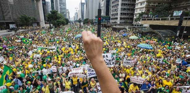 Avenida Paulista tem pipoca a R$ 4 e 'pixuleco' a R$ 10 em dia protesto - Marlene Bergamo/Folhapress