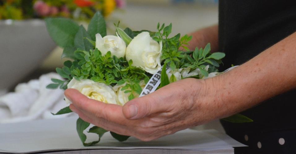 Arranjo da empresa Ramo Urbano, que vende flores em máquinas automáticas, como as de refrigerantes