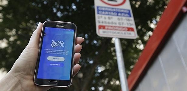 5.dez.2016 - Zona Azul Digital começa a funcionar nesta segunda-feira (5); créditos devem ser adquiridos via aplicativo