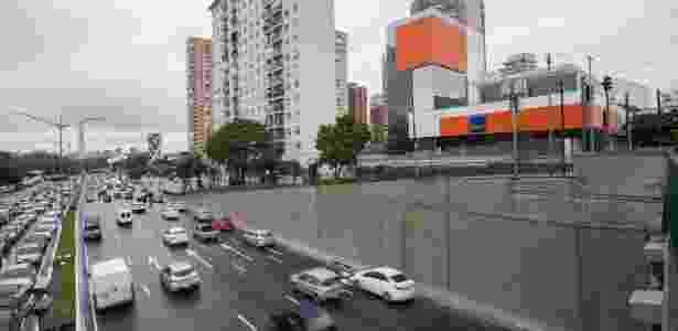 Paredes pintadas da avenida 23 de Maio, na região central de São Paulo - Alexandre Moreira/Folhapress