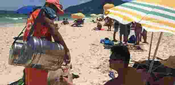 Fabiano Souza, vendedor de mate em Ipanema - Ana Terra Athayde/BBC - Ana Terra Athayde/BBC