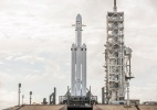 Foguete mais potente do mundo inicia seu 1º voo e leva carro ao espaço (Foto: SpaceX/The New York Times)