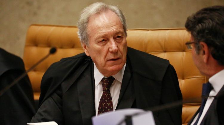 4.abr.2018 - Ministro Ricardo Lewandowski durante julgamento do habeas corpus do ex-presidente Luiz Inácio Lula da Silva, no Supremo Tribunal Federal (STF), nesta quarta-feira (4) - Fátima Meira/Estadão Conteúdo - Fátima Meira/Estadão Conteúdo