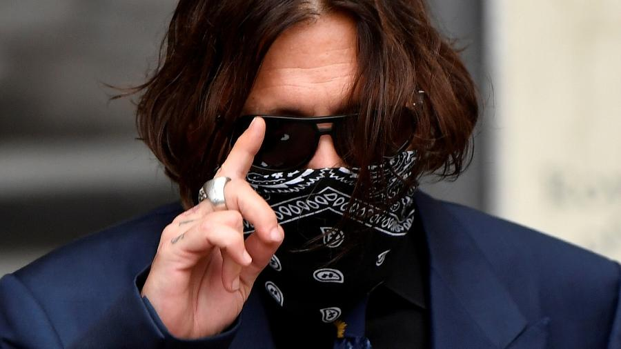 Ator Johnny Depp chega à Suprema Corte de Londres - TOBY MELVILLE