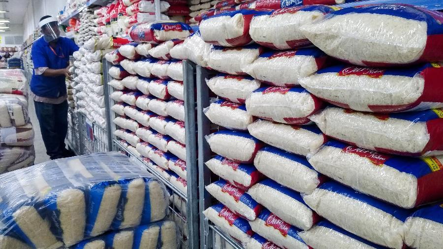 Com alta do dólar, período de entressafra e aumento da demanda, preço do arroz dispara - Erbs Jr./Framephoto/Estadão Conteúdo