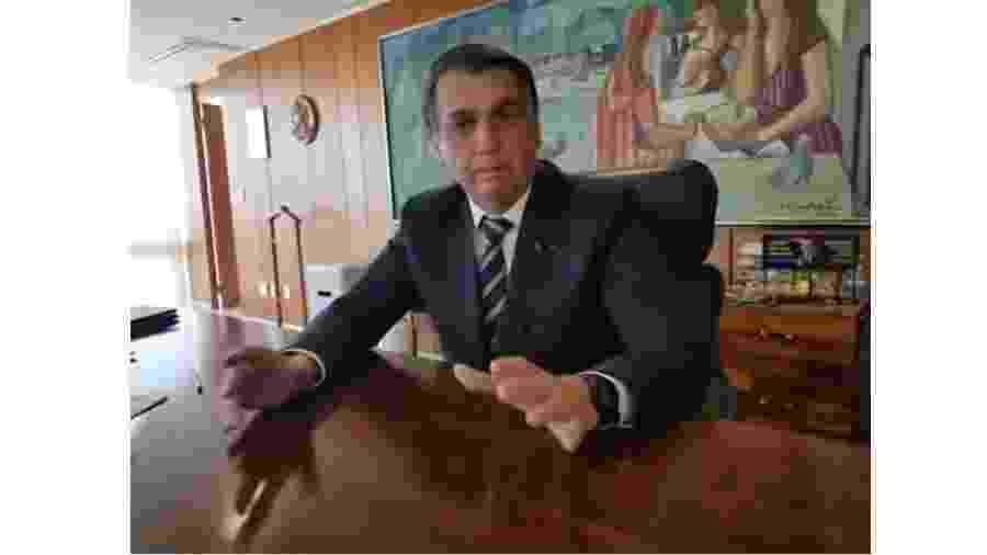 Bolsonaro se aproveita da anuência de parte da imprensa com pauta reacionária para posar de amigo dos pobres... - Reprodução/Youtube