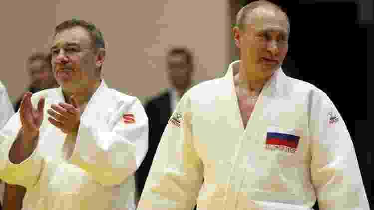 O empresário e presidente russo participando de treinamento de judô em Sochi no ano passado - Getty Images - Getty Images