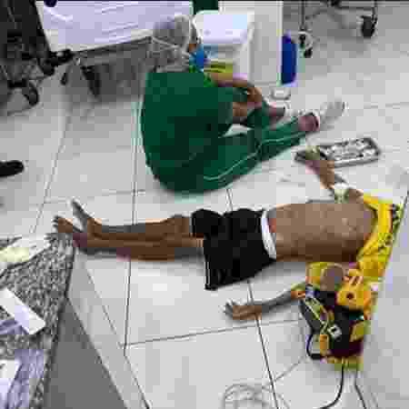 Paciente em Teresina foi atendido no chão e não resistiu. - Reprodução/Redes Sociais - Reprodução/Redes Sociais