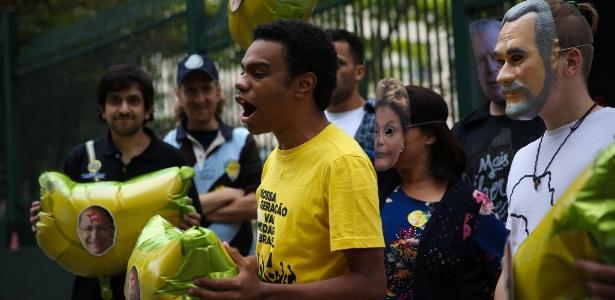 5.set.2015 - Membros do MBL (Movimento Brasil Livre) protestam em São Paulo