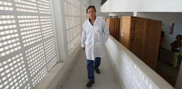 O médico obstetra Olímpio Moraes foi excomungado duas vezes por representantes da Igreja Católica em Pernambuco