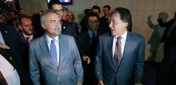 Eunício Oliveira (d) confirmou que Renan Calheiros renunciará à liderança do PMDB no Senado