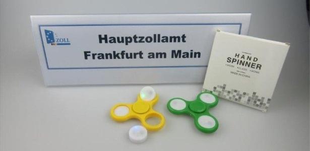 Autoridades alemãs demonstraram preocupação com brinquedo que virou febre mundial