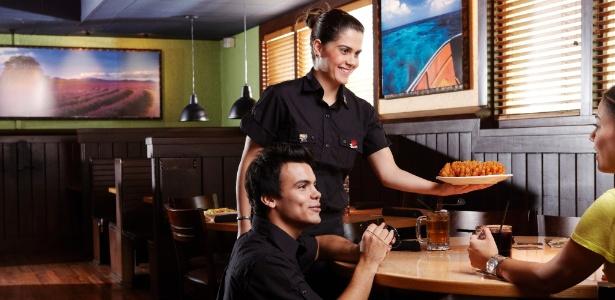 Rede Outback Steakhouse abre cem vagas de emprego para nova unidade - Divulgação