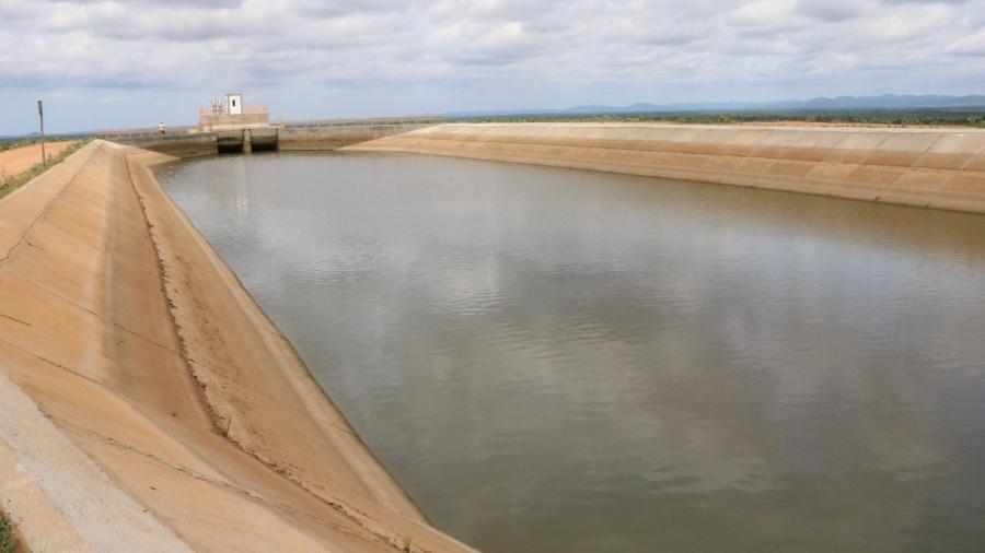Parte do eixo leste da transposição do rio São Francisco registrada em fevereiro de 2018, em Monteiro (PB) - Tiago França/MPF/PB