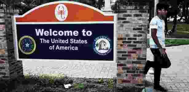 Segundo especialistas, imigrantes legais temem ser prejudicados pelas novas medidas adotadas pelo governo - Getty Images - Getty Images