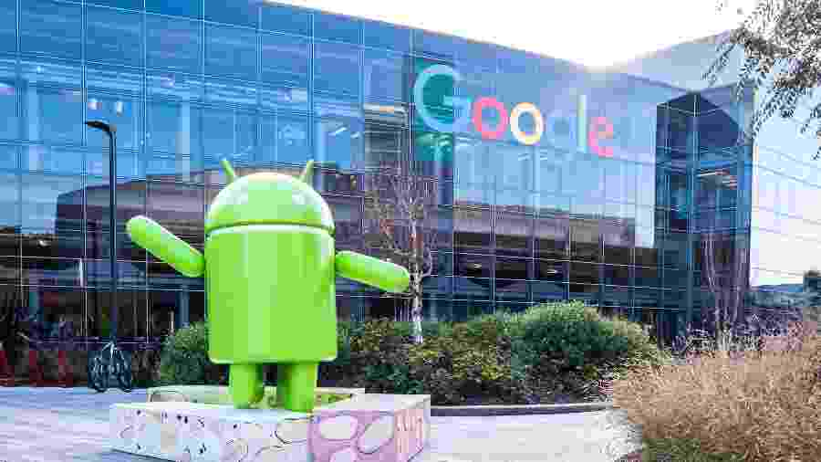 Estátua do mascote do Android, na sede do Google na Califórnia - Getty Images