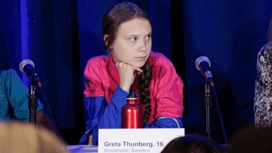 Greta Thunberg e outros 15 jovens ativistas apresentaram queixa contra a falta de ação governamental na crise climática - AFP