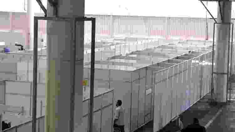 Obras do hospital de campanha que está sendo montado no Anhembi para combate ao coronavírus, em São Paulo (SP) - ETTORE CHIEREGUINI/FUTURA PRESS/FUTURA PRESS/ESTADÃO CONTEÚDO - ETTORE CHIEREGUINI/FUTURA PRESS/FUTURA PRESS/ESTADÃO CONTEÚDO