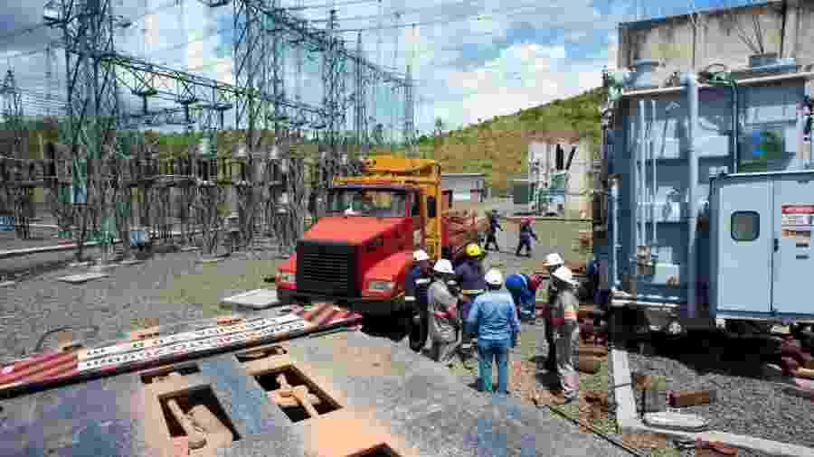 A Eletronorte e a CEA (Companhia de Eletricidade do Amapá) iniciaram neste final de semana a instalação de um parque de geração térmica que pode gerar a carga de energia que falta para restabelecer o fornecimento de 100% em todo o Amapá - Emiliano Capozoli/Gemini