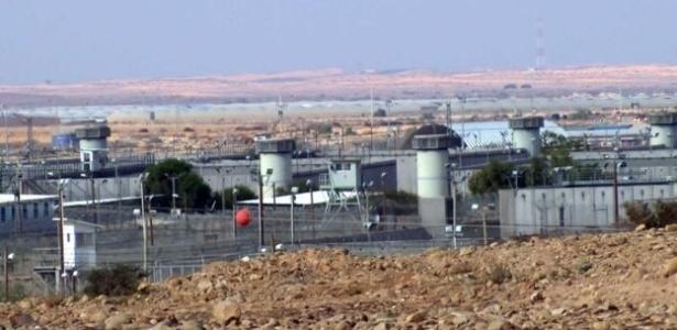 Campo de Holot, no deserto de Negev, para onde Israel envia refugiados indesejados
