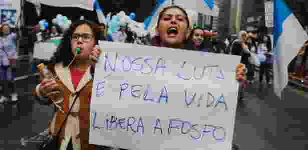 Protesto em junho pedia a liberação da fosfo para pacientes de câncer - Nelson Antoine/FramePhoto/Estadão Conteúdo - Nelson Antoine/FramePhoto/Estadão Conteúdo