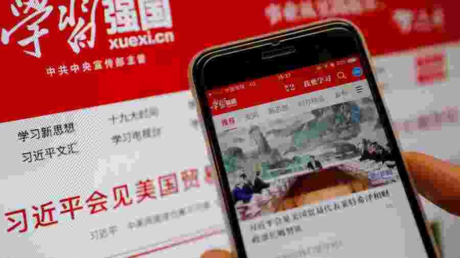 Xuexi Qiangguo, aplicativo de propaganda do governo chinês que foi desenvolvido pelo Alibaba, gigante do comércio eletrônico. - Tingshu Wang/ Reuters