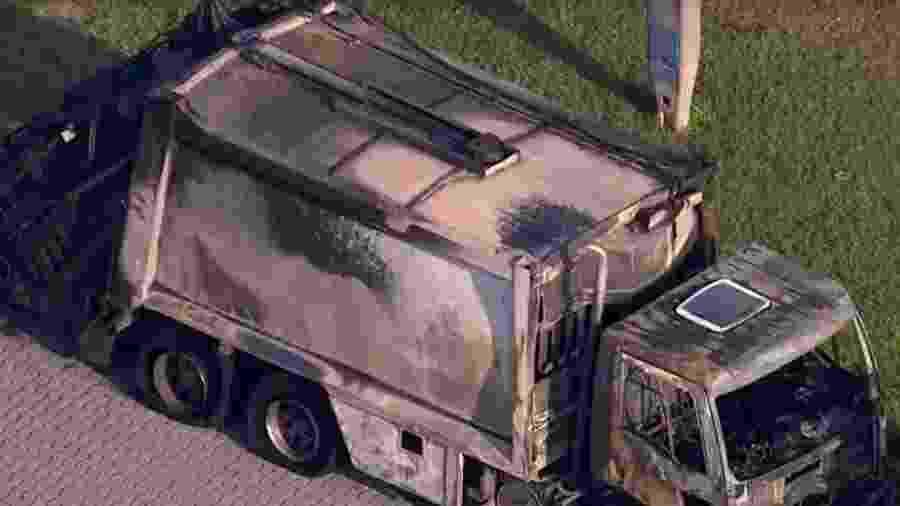Caminhão pegou fogo na rodovia Ayrton Senna - Reprodução/TV Globo
