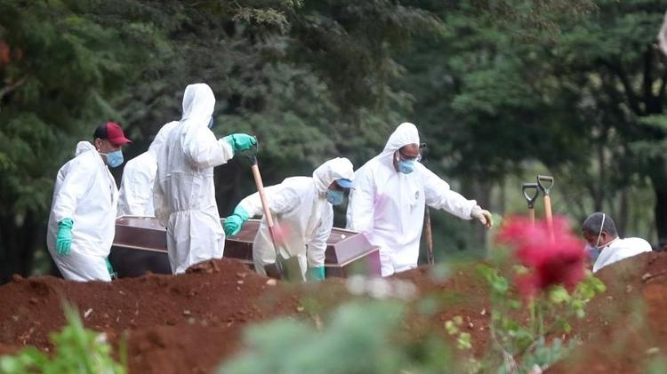 Opas teme por Brasil e prevê 88,3 mil mortes por coronavírus até agosto