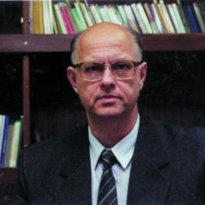 Roberto Ribeiro Bazilli foi professor e pró-reitor da Unesp - Divulgação/Unesp