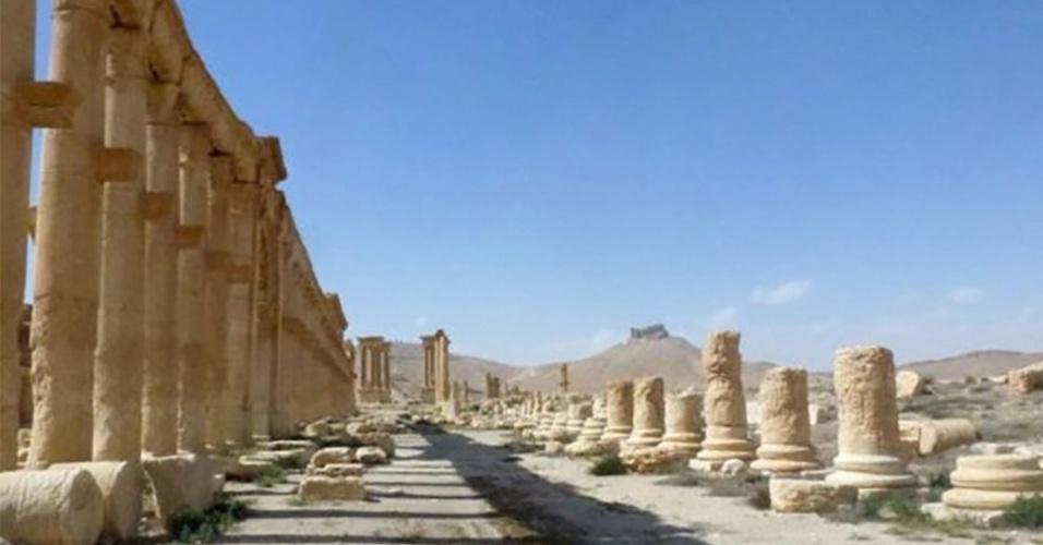 28.mar.2016 - Depois de dez meses sob controle do grupo extremista Estado Islâmico, a cidade histórica de Palmira, na Síria, foi libertada por tropas leais ao líder do país, Bashar al-Assad