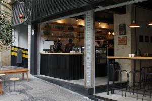Cansados de reuniões em shoppings, empresários montam cafeteria coworking (Foto: Divulgação)