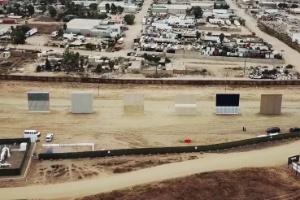 Qual seria o modelo ideal de muro para Trump construir? (Foto: NYT)