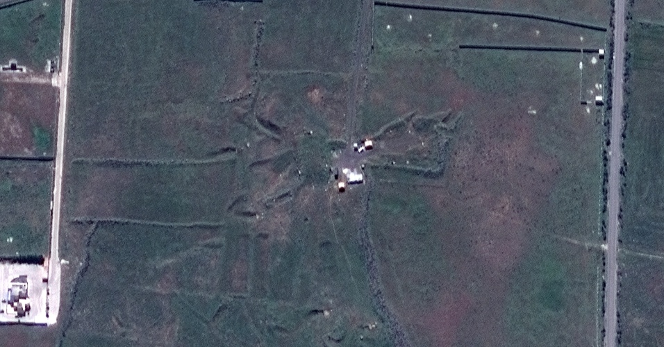 ANTES - Suposto 'bunker' de armas químicas Him Shinshar, localizado abaixo da superfície, também próximo a Holms, na Síria