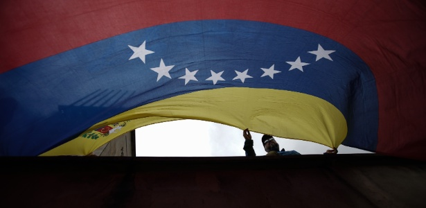 Estado colombiano foi condenado nesta quarta-feira pelo atentado contra o clube El Nogal, em Bogotá, que matou 36 pessoas - Jhon Paz/Xinhua