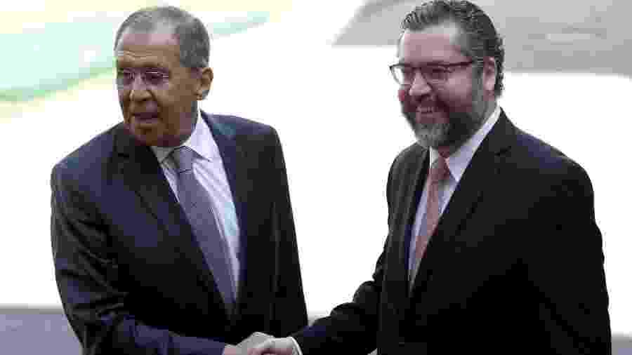 O ministro de Relações Exteriores russo Sergei Lavrov e o chanceler brasileiro Ernesto Araújo durante encontro dos Brics no Rio de Janeiro - Ricardo Moraes/Reuters