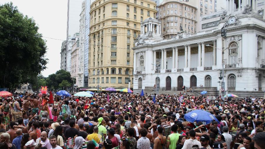 """Abertura """"não oficial"""" do carnaval no Centro do Rio de Janeiro - Dikran Junior/Futura Press/Estadão Conteúdo"""